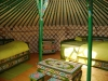Intérieur de la yourte verte